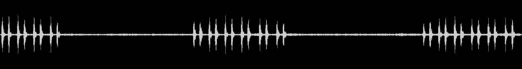 アオバズクの鳴き声(フクロウの仲間)の未再生の波形