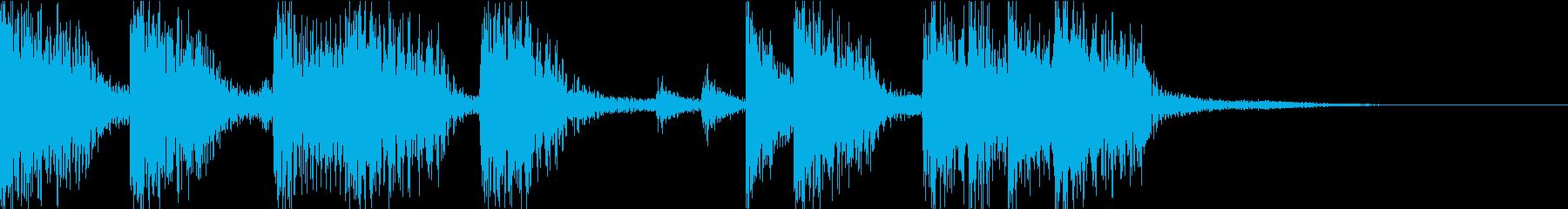 ベースとドラムのコンビネーションジングルの再生済みの波形