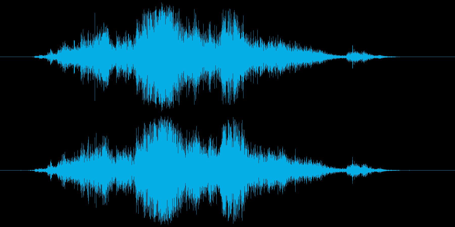 アルミホイル(敷く、触る等)カシャンの再生済みの波形