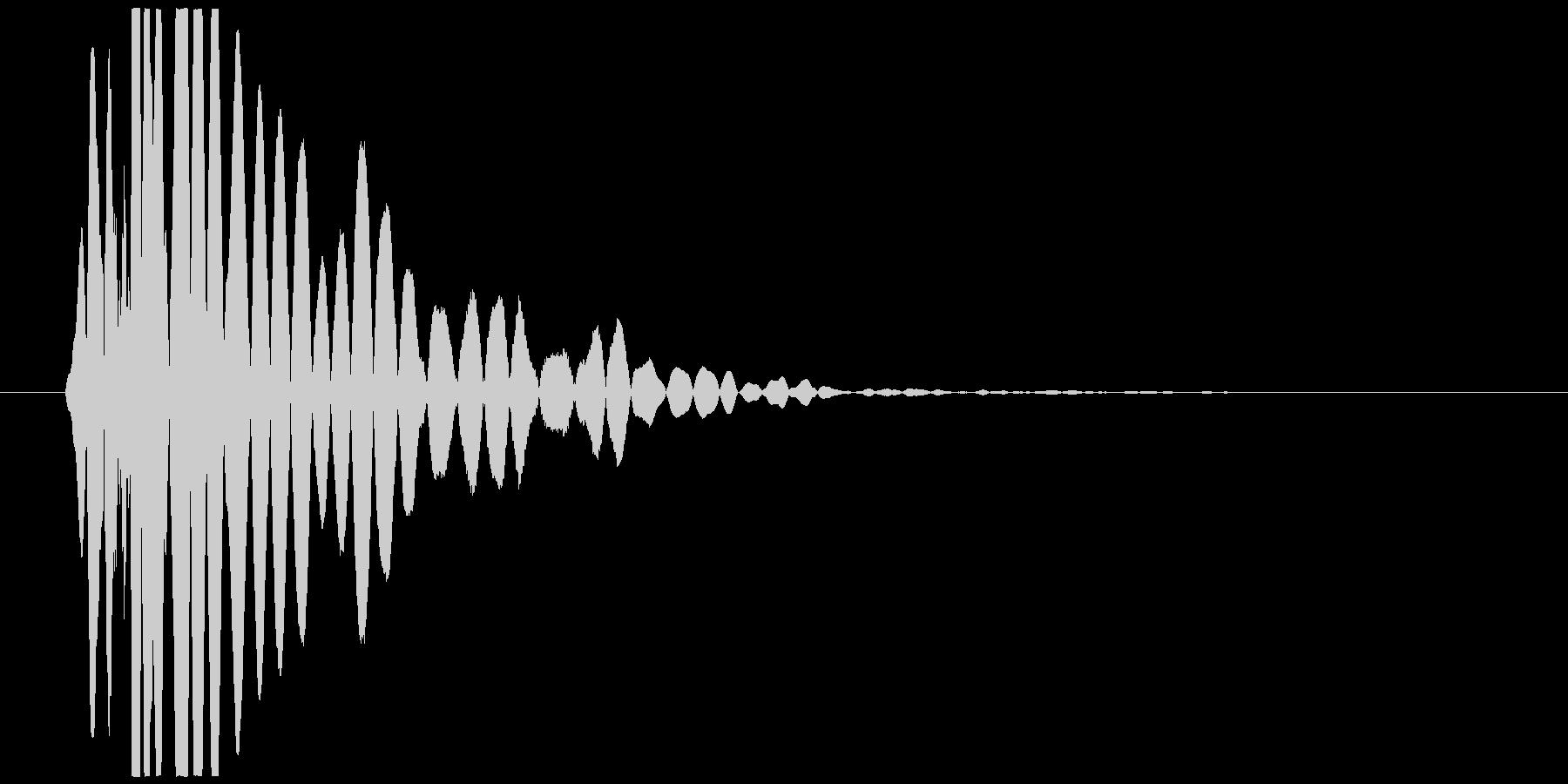 ドンッ、ドシャッ(倒れる、打撃、低音)の未再生の波形