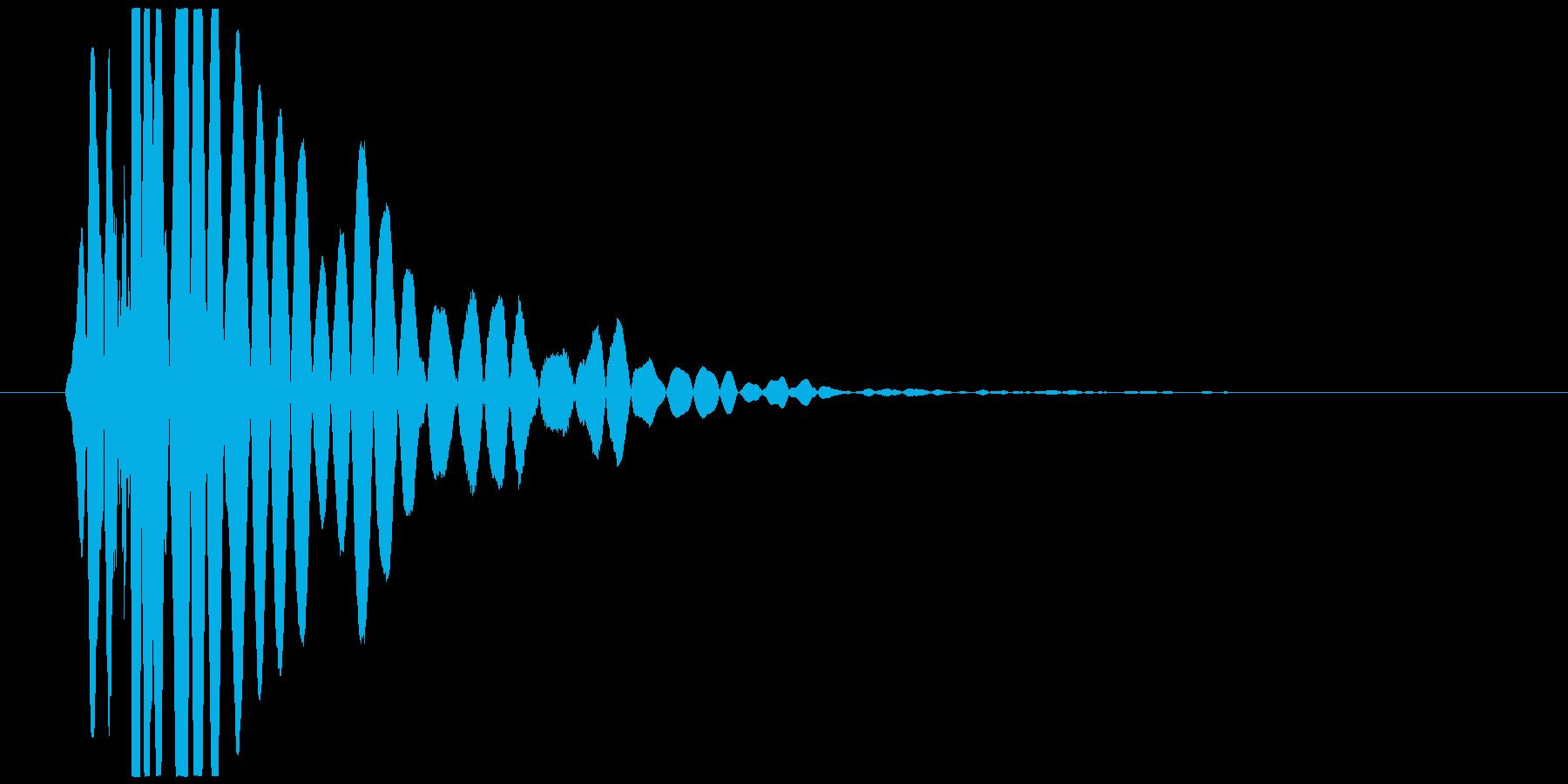 ドンッ、ドシャッ(倒れる、打撃、低音)の再生済みの波形