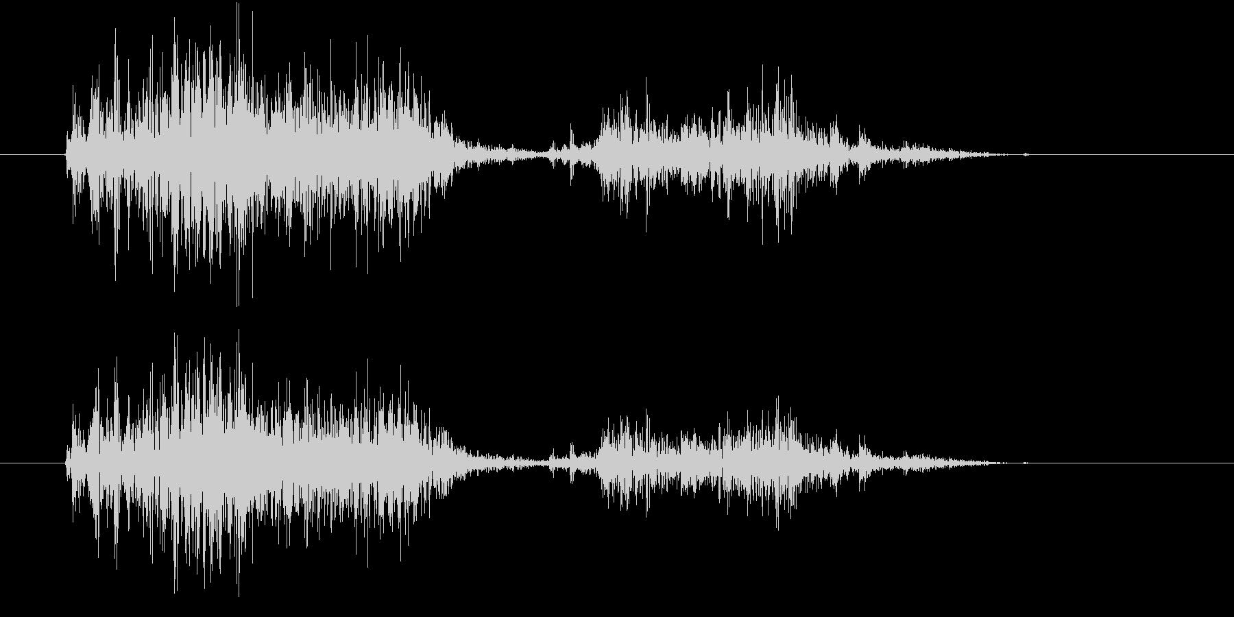 【生録音】スコップでザクッと掘る音の未再生の波形