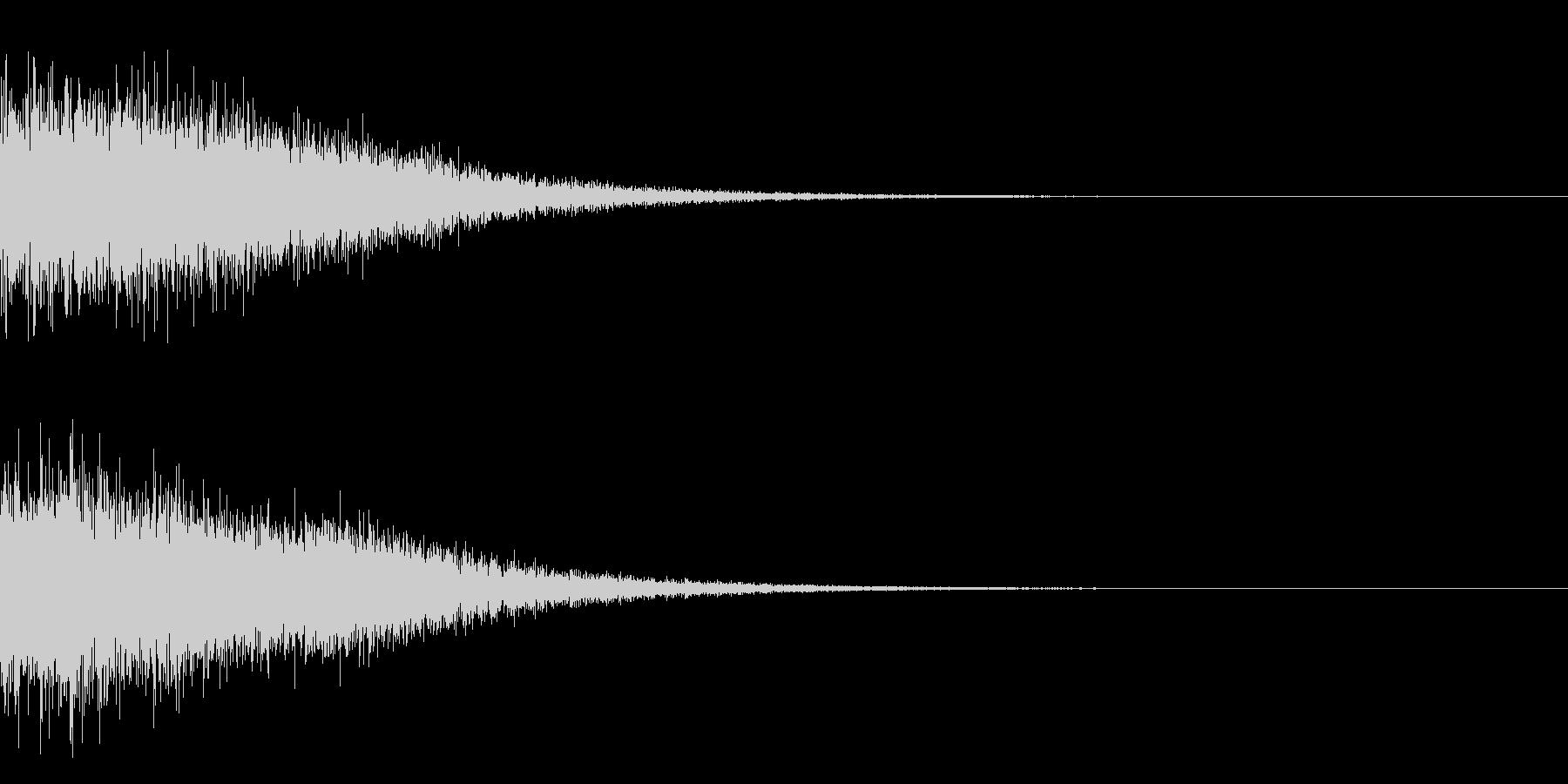 鉄が当たったときの衝撃音(ドーン)の未再生の波形