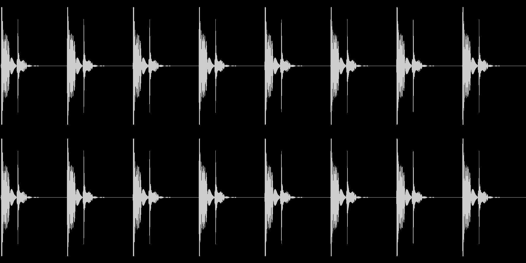 心臓の鼓動_上昇_心拍数72の未再生の波形