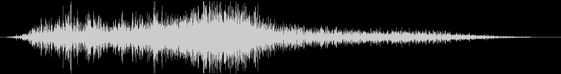 自動車通過音(左から右)の未再生の波形