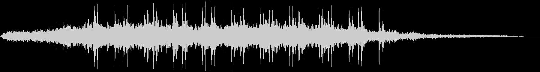 【生録音】高架下で頭上を電車が通過する音の未再生の波形