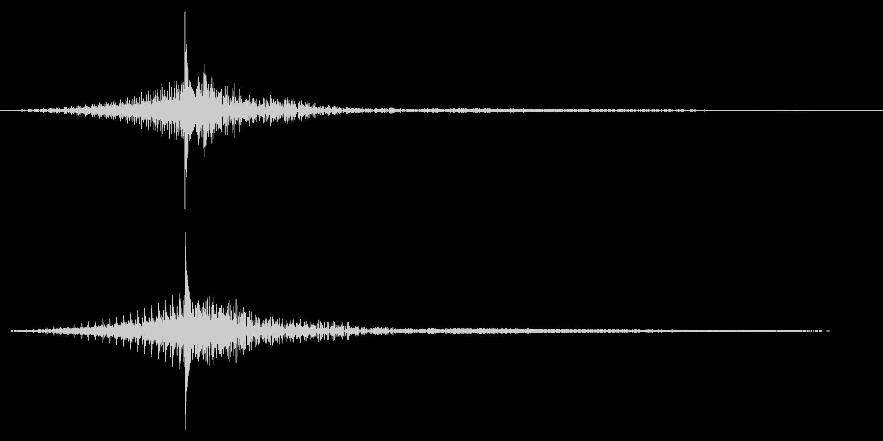 ホラー系アタック音128の未再生の波形