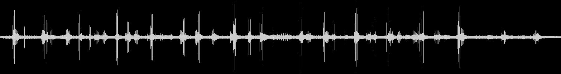 モリアオガエルの鳴き声の未再生の波形