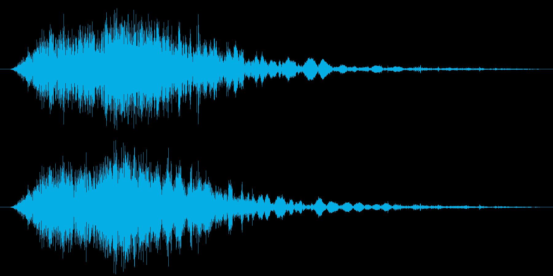 斬撃音(刀や剣で斬る/刺す効果音)07bの再生済みの波形