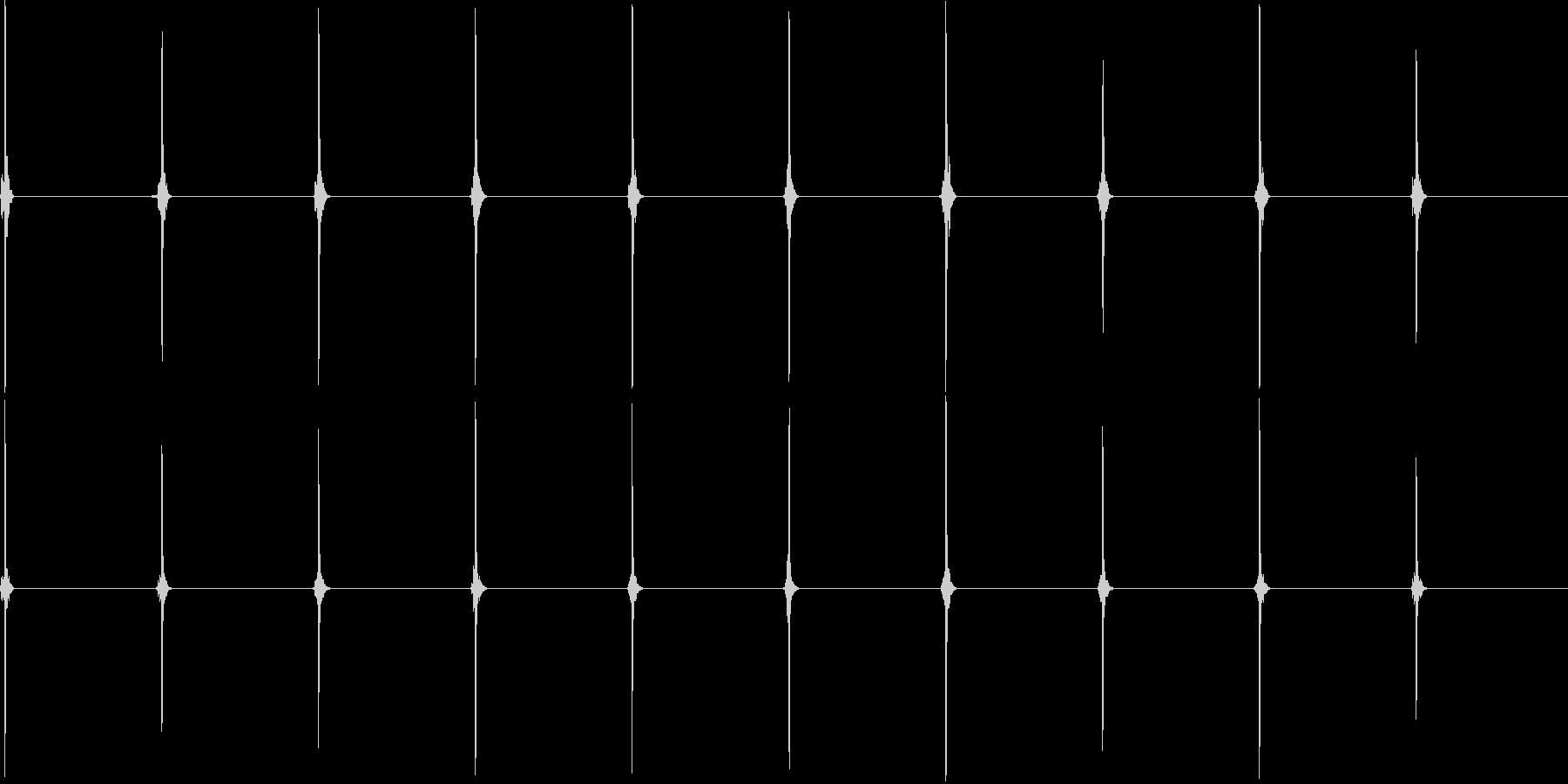 時計の秒針音(ループ可)ドライの未再生の波形