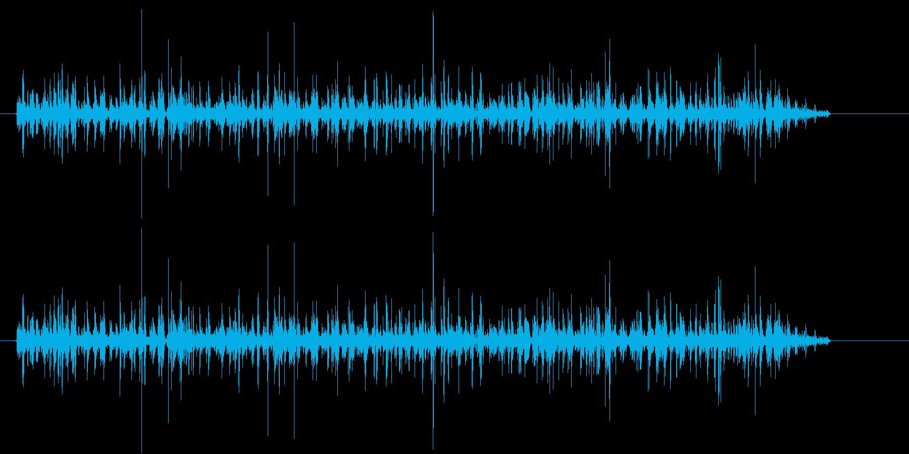 ぶくぶく(水の中で空気を出している音)の再生済みの波形