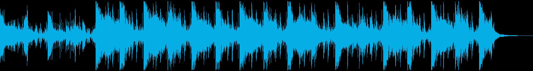 不気味の声が聞こえる現代的ポップホラーSの再生済みの波形