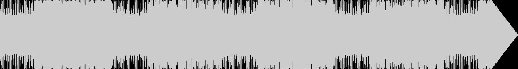 ベース効いたハードなロック、メタル調の曲の未再生の波形