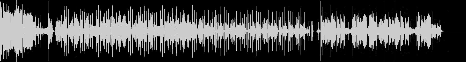 テンポにとらわれない機械音などが印象的の未再生の波形