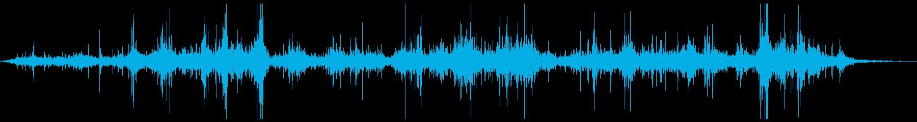 クロス・布・バタバタとはためく2の再生済みの波形