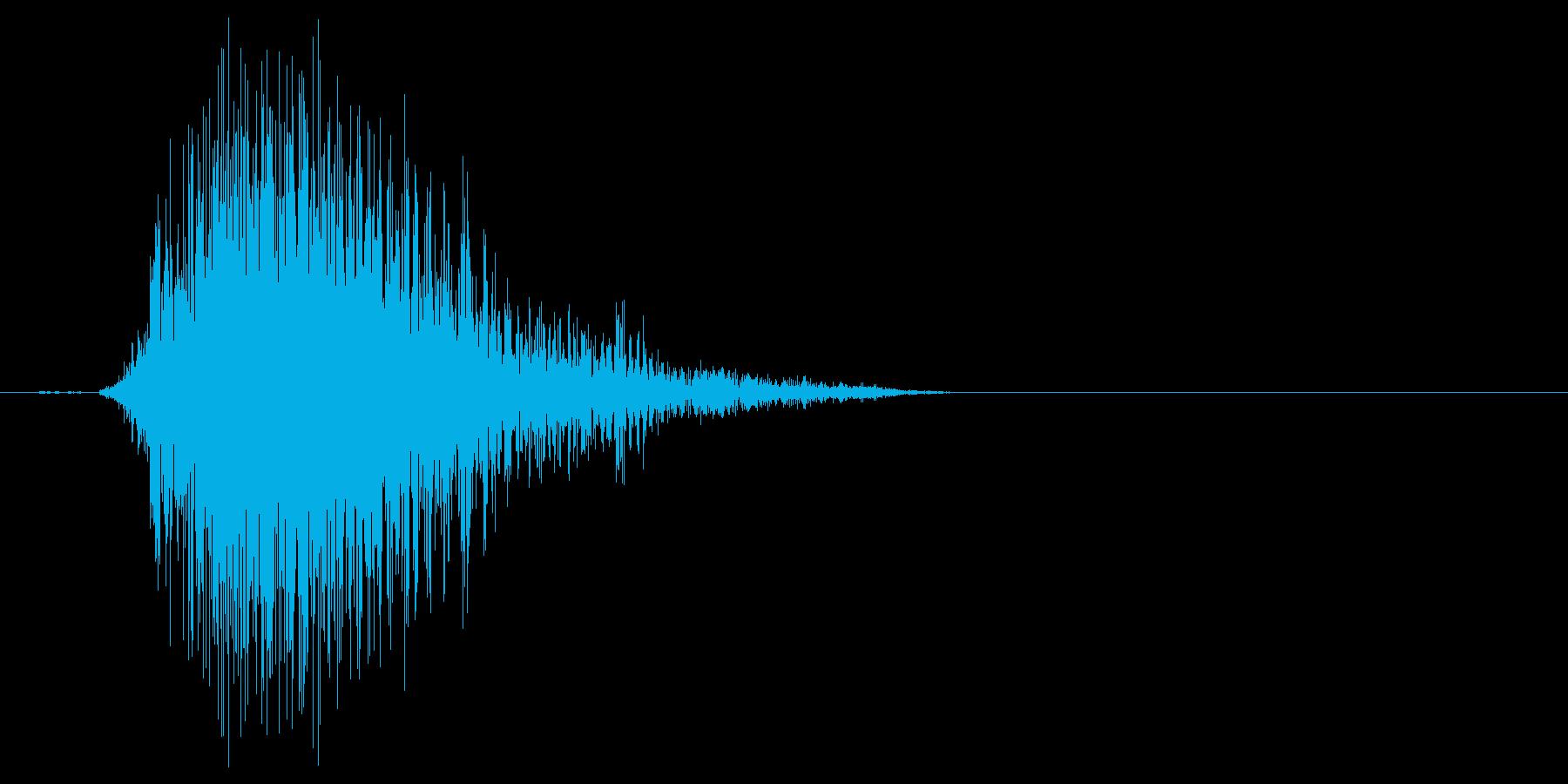 こん棒やメイスなどで攻撃する 02の再生済みの波形