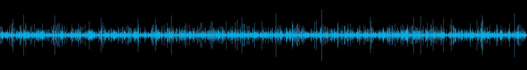 波打つ水の再生済みの波形