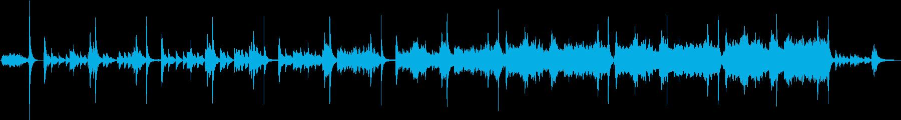 鈴の綺麗な音が響くノスタルジーな曲の再生済みの波形