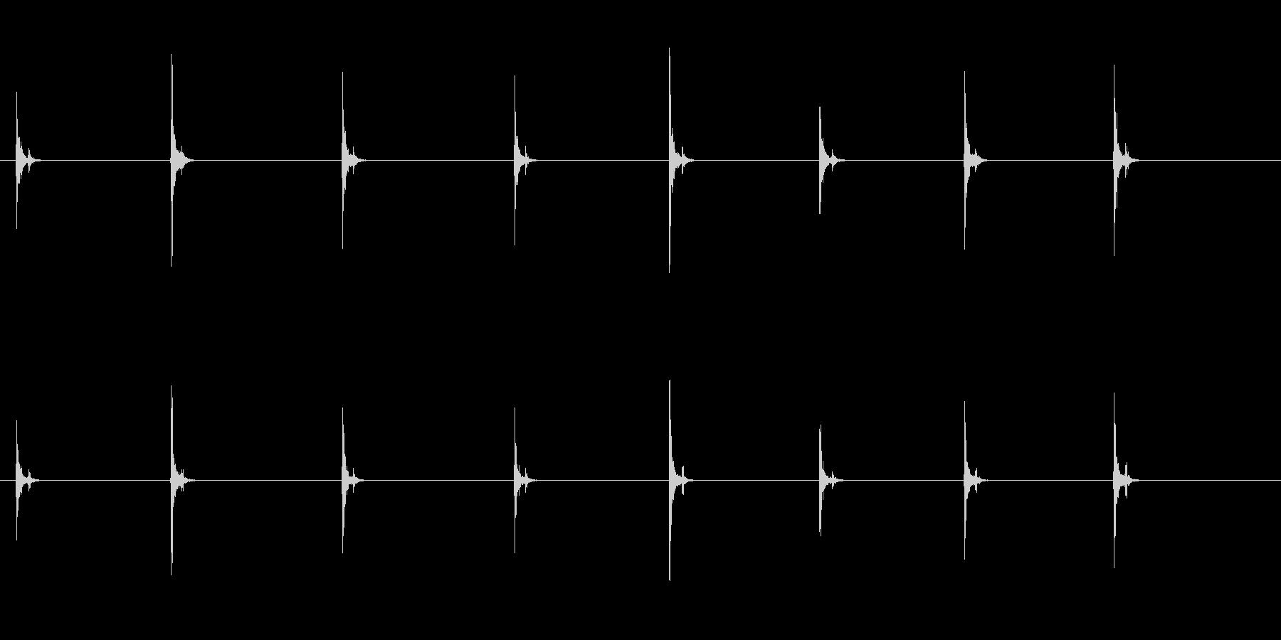 PC キーボード06-17(遠い 単発 の未再生の波形