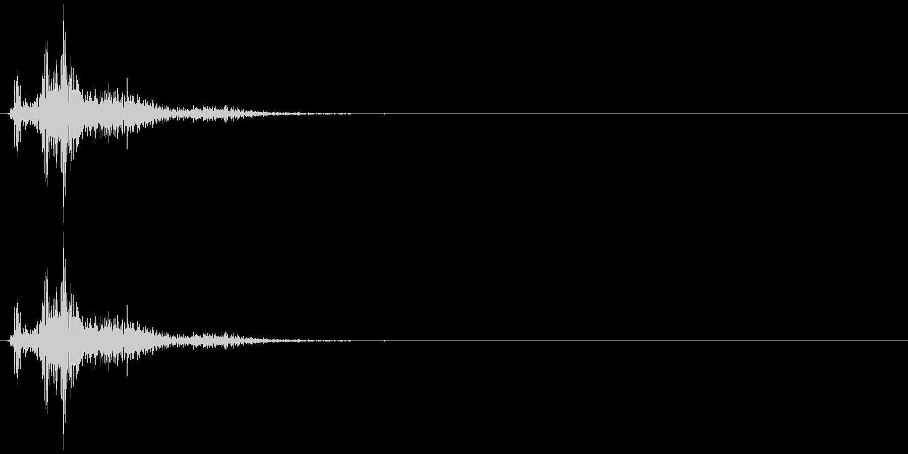 ドサッ(人が倒れる音)08の未再生の波形