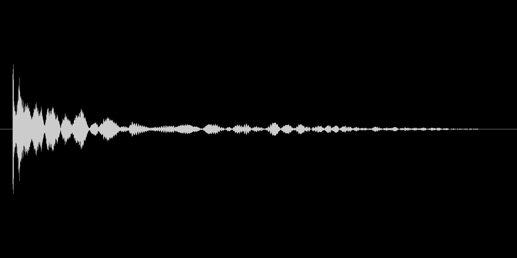 コインを投げる音。コイントスの未再生の波形