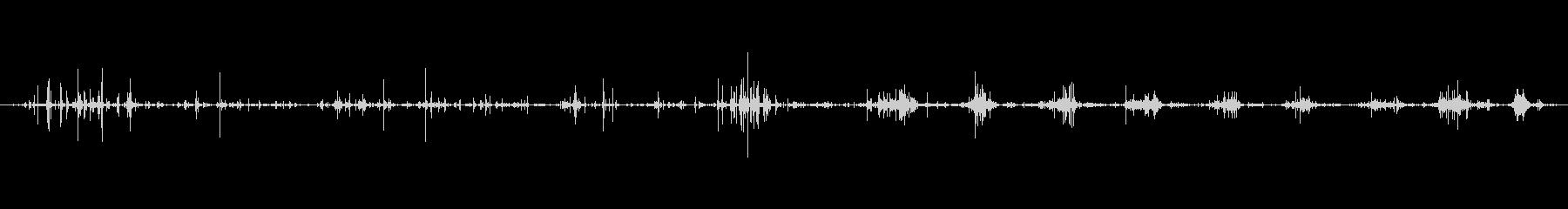 口 男性のオープンイートシリアル03の未再生の波形