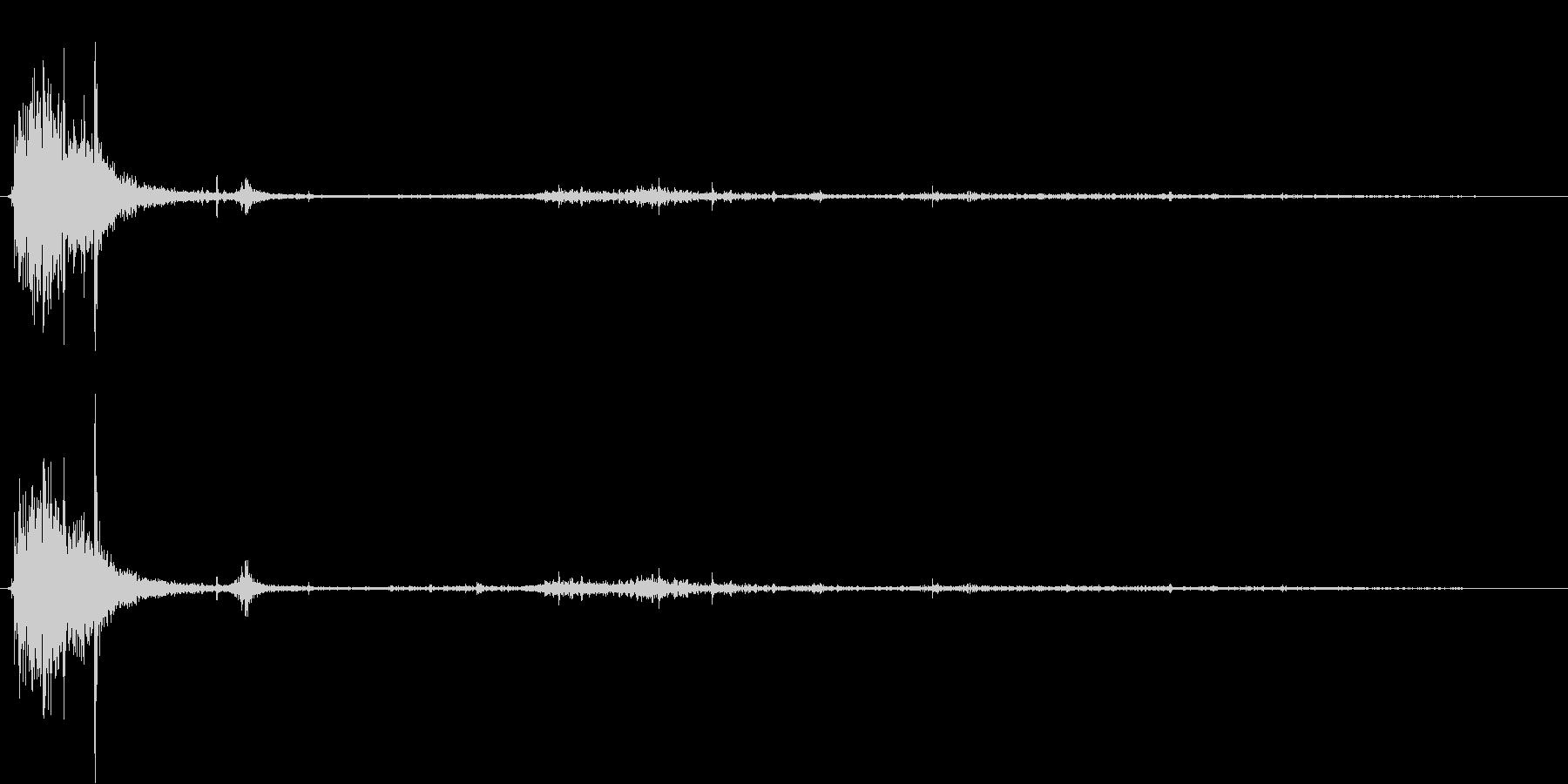 【銃声音012】ピストルの発砲音02の未再生の波形