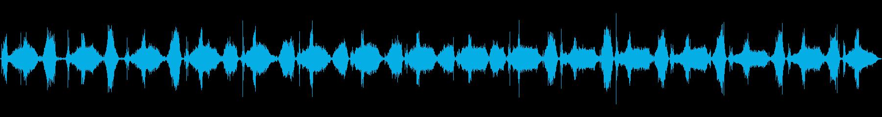 フットポンプ:エアマットレスの爆発...の再生済みの波形