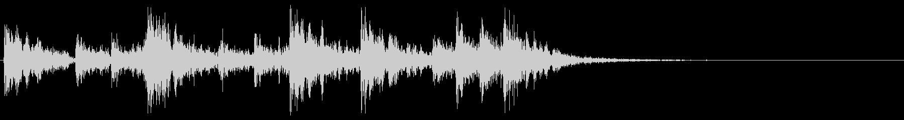 ティンパニ、スネアのパワフルな転回音の未再生の波形