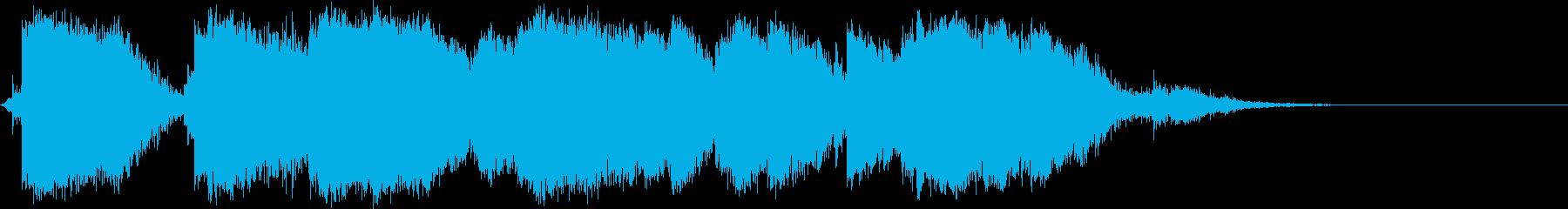 大規模な金属クラッタクラッシュの再生済みの波形