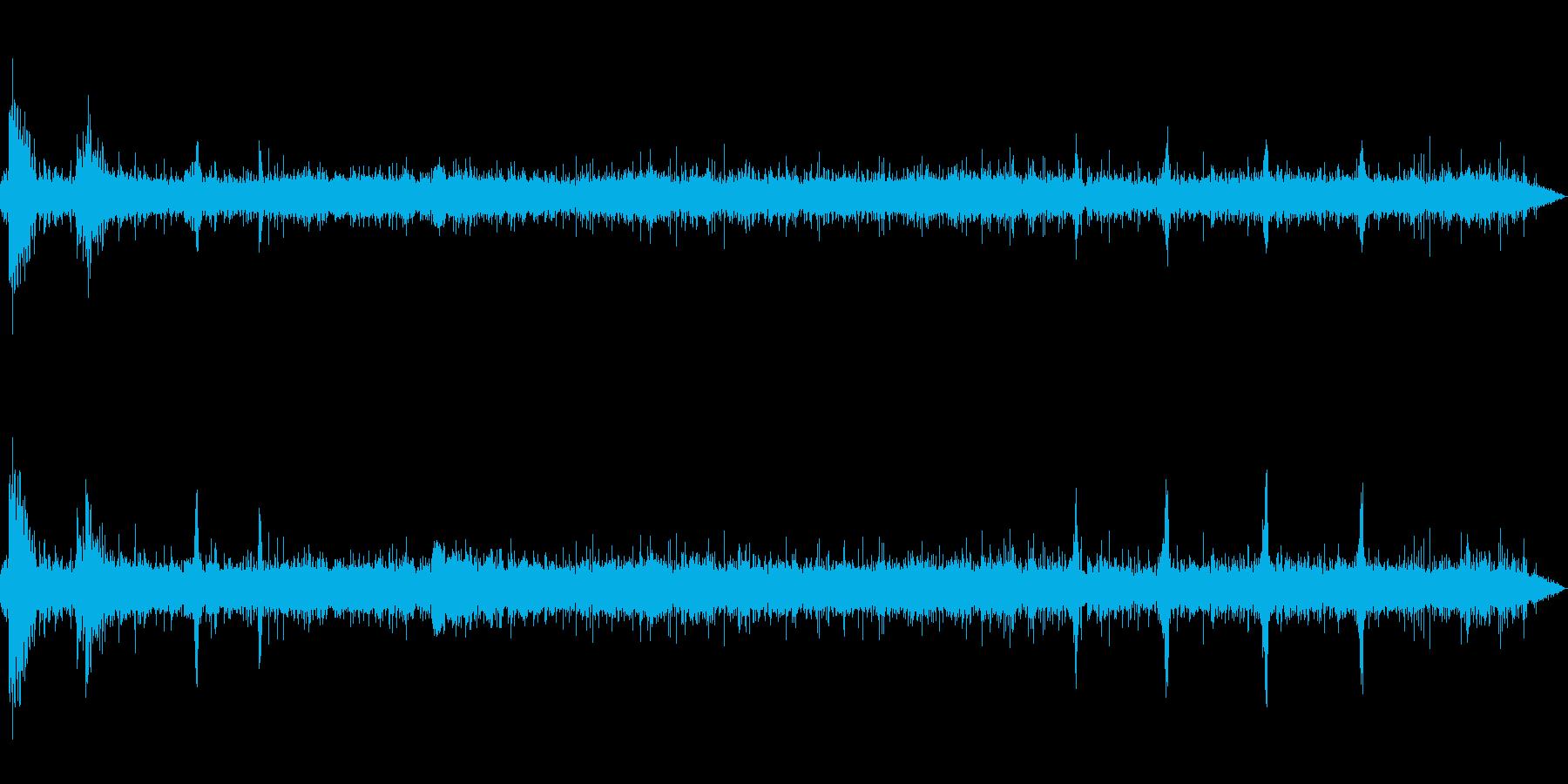 [空間録音]清流の流れる森02(初夏)の再生済みの波形