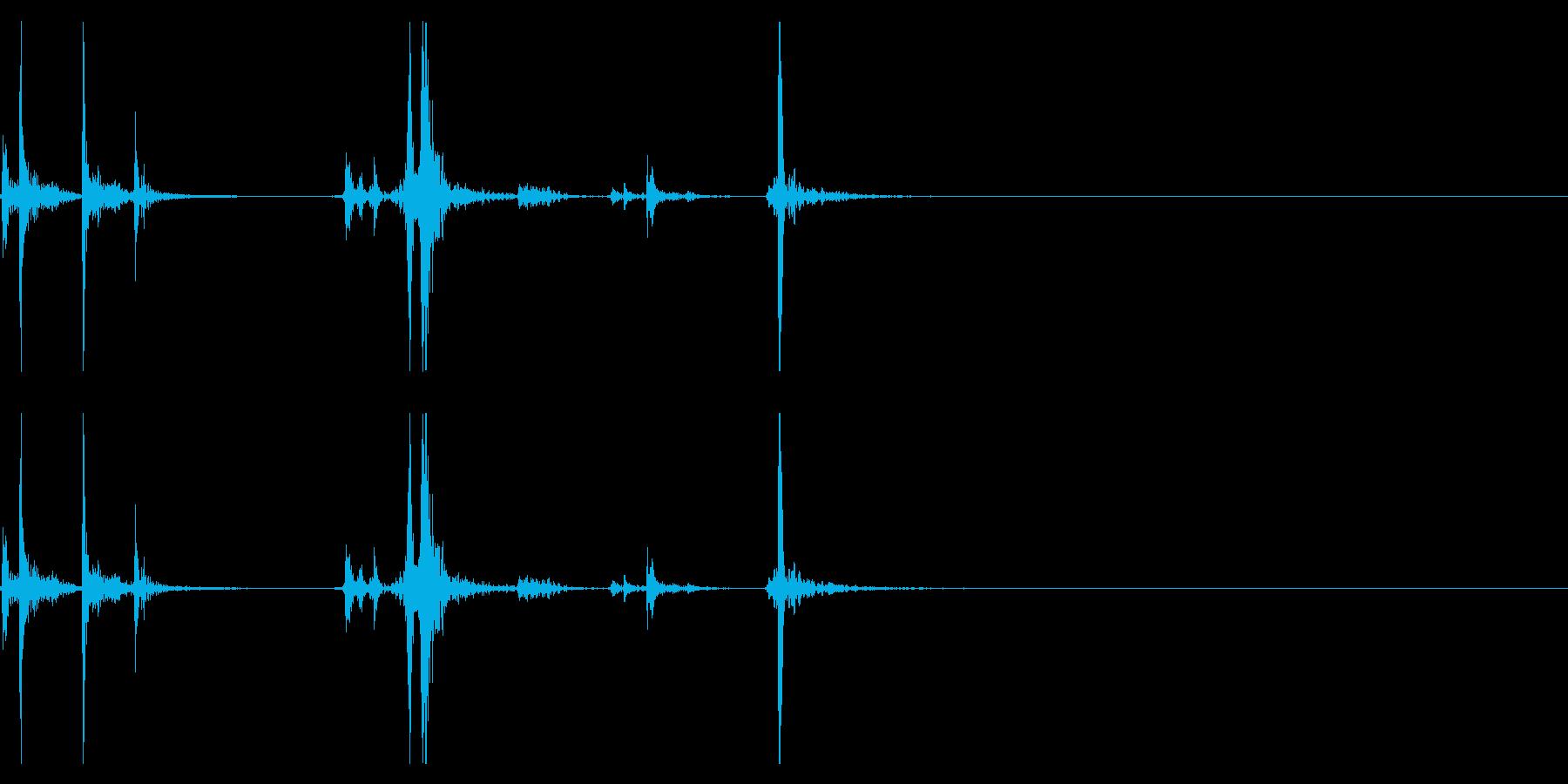 【生録音】タッパー・弁当箱を閉める音 5の再生済みの波形