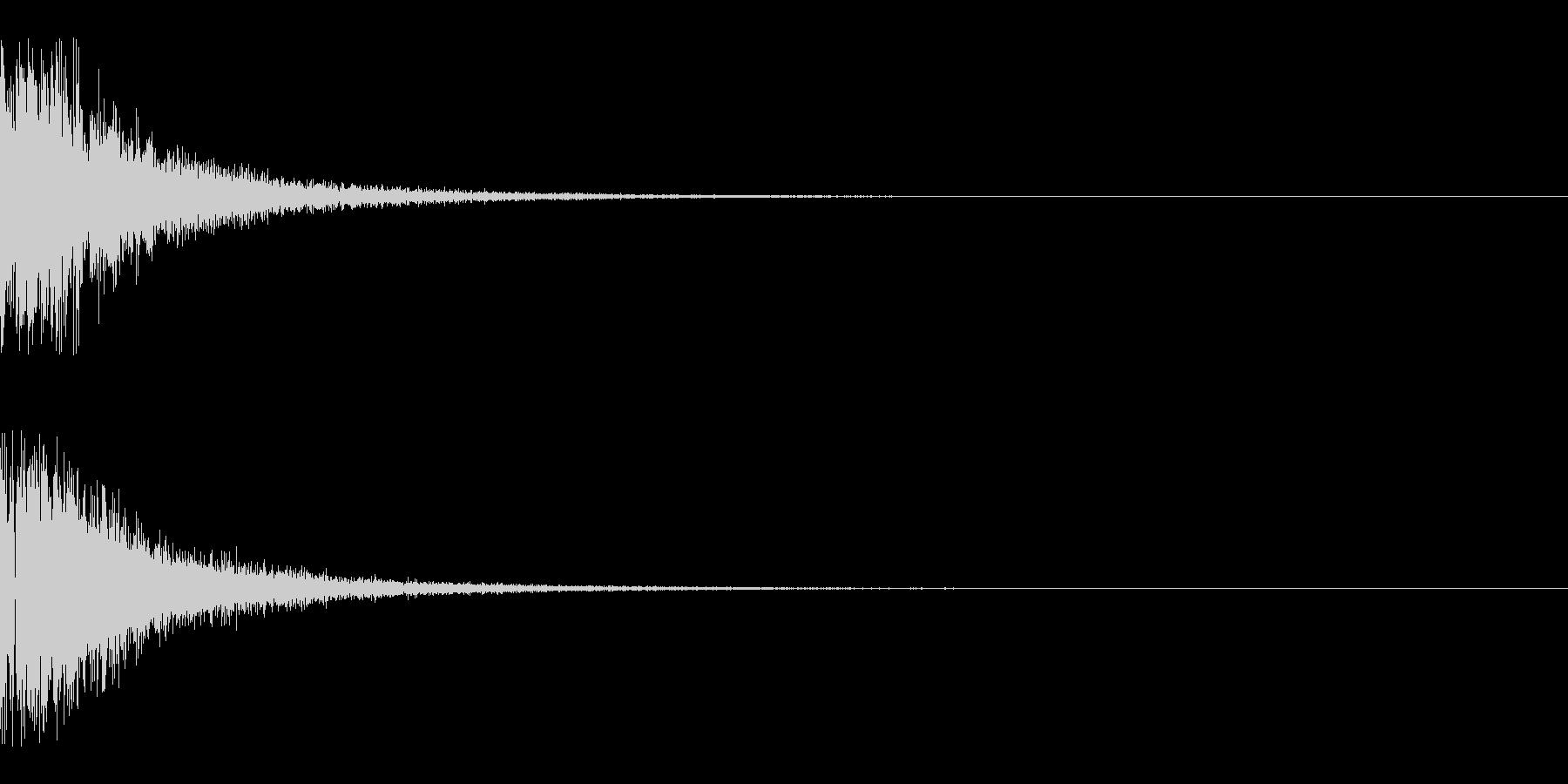 バーン(銃声)の未再生の波形