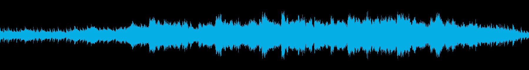 壮大でシリアスな弦・木琴・ピアノループの再生済みの波形