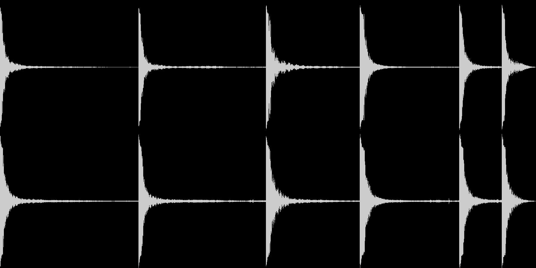 金属クランク共振の未再生の波形