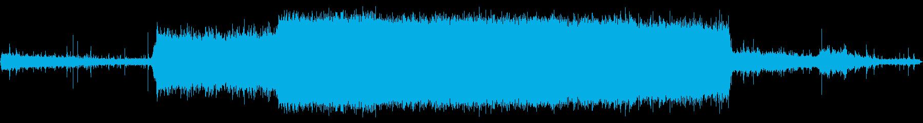 ハイスクールロッカールーム:シャワ...の再生済みの波形