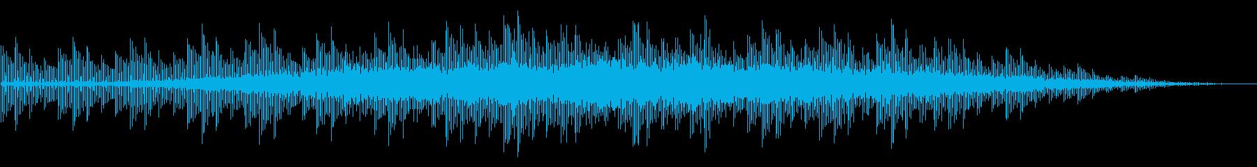 ニュースの背後で流れるような抽象的BGMの再生済みの波形