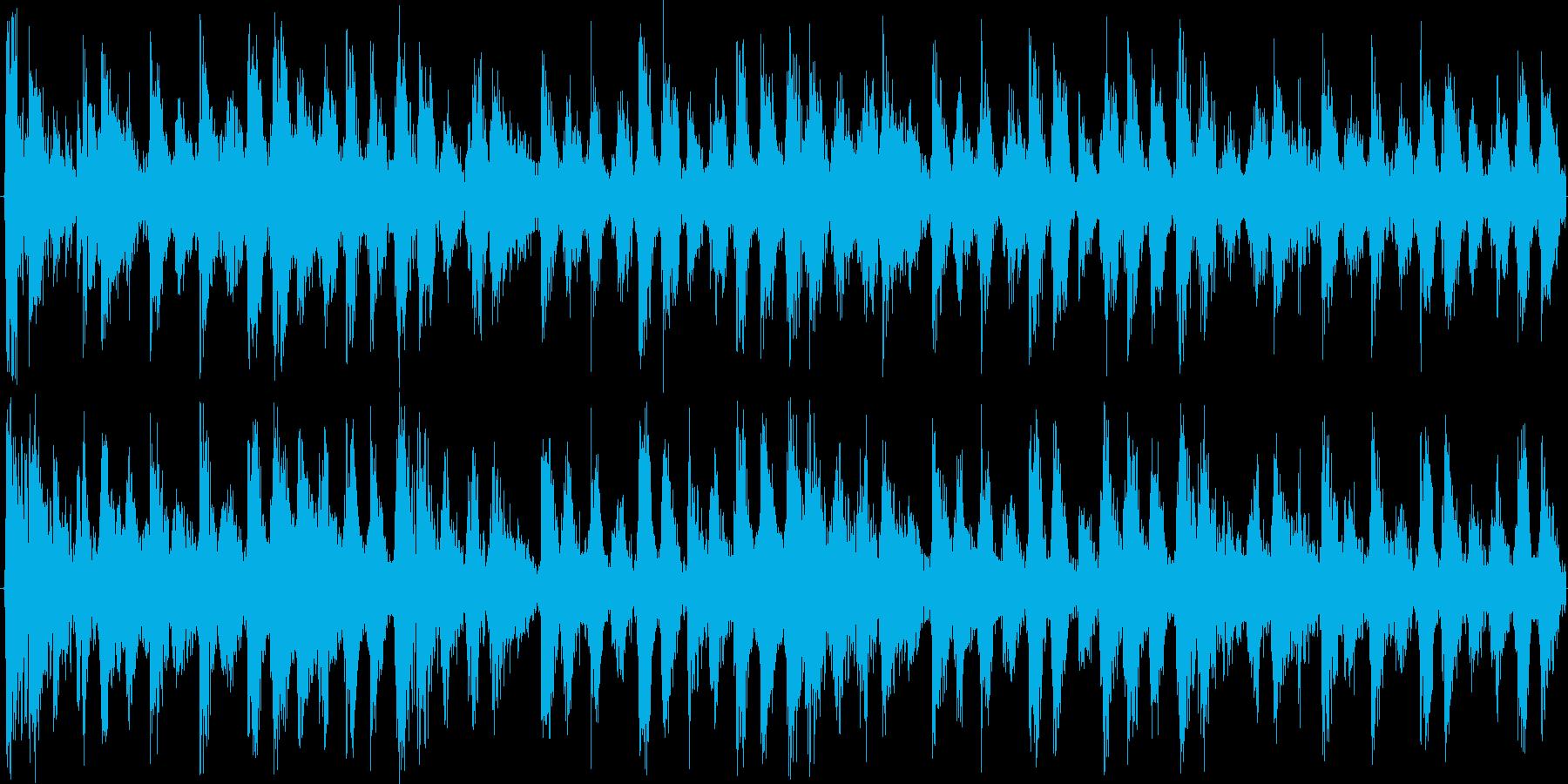 打楽器が特徴のミステリアスな民族風テクノの再生済みの波形