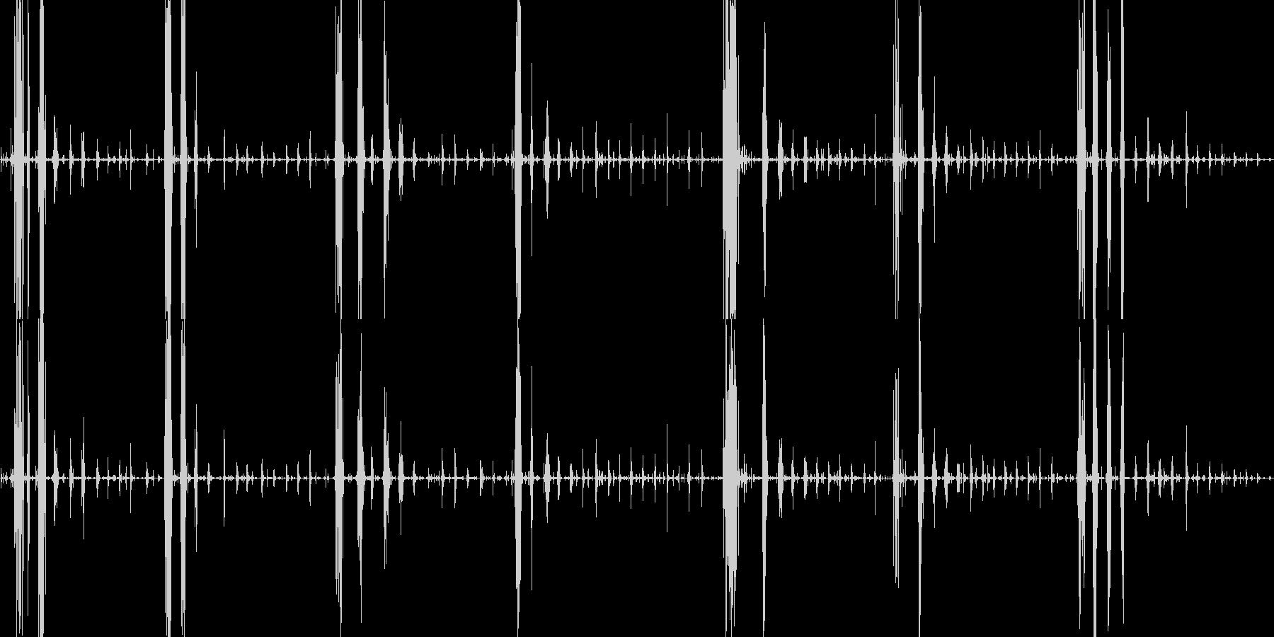 表面パリパリのグミを食べる音の未再生の波形