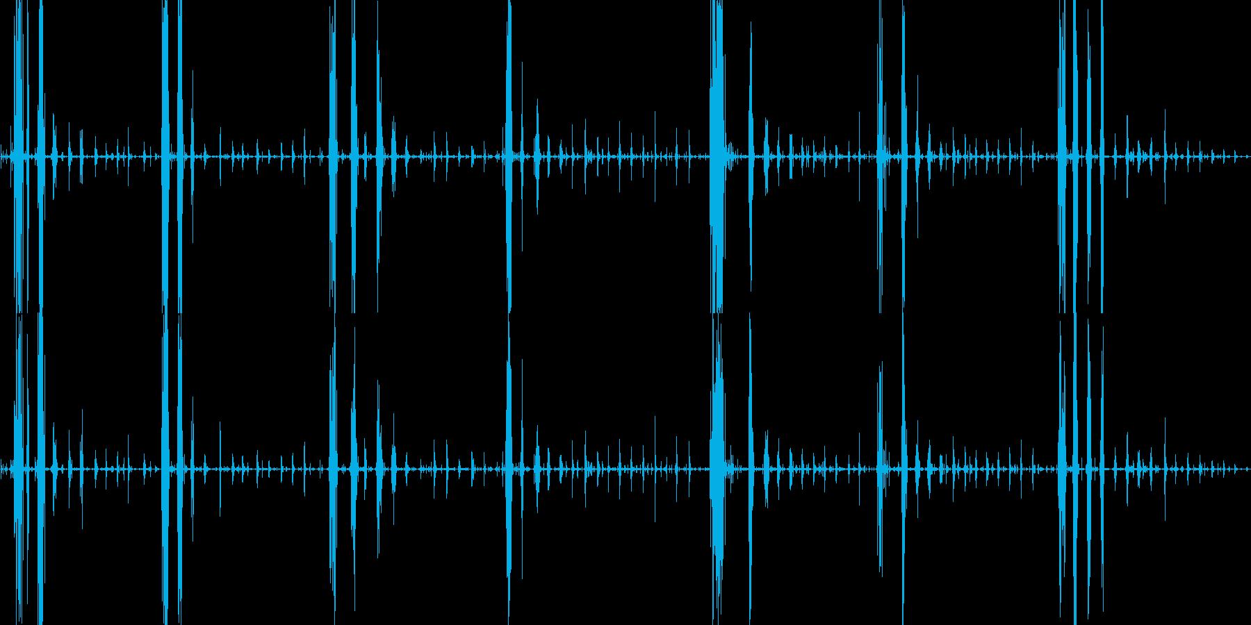 表面パリパリのグミを食べる音の再生済みの波形