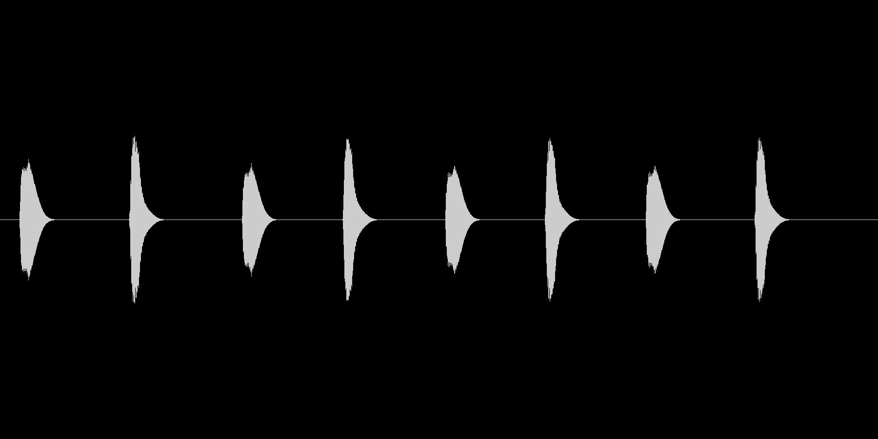 【足音】コミカル 丸みのある非現実系の未再生の波形
