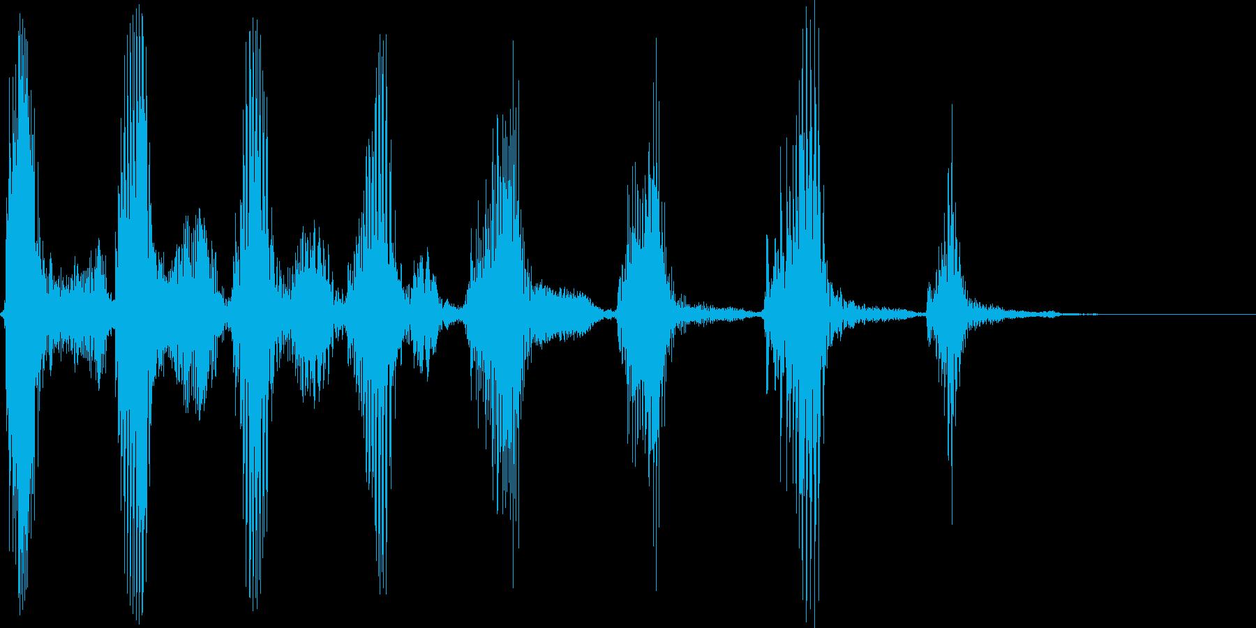 アメリカ人男性 笑い声の再生済みの波形