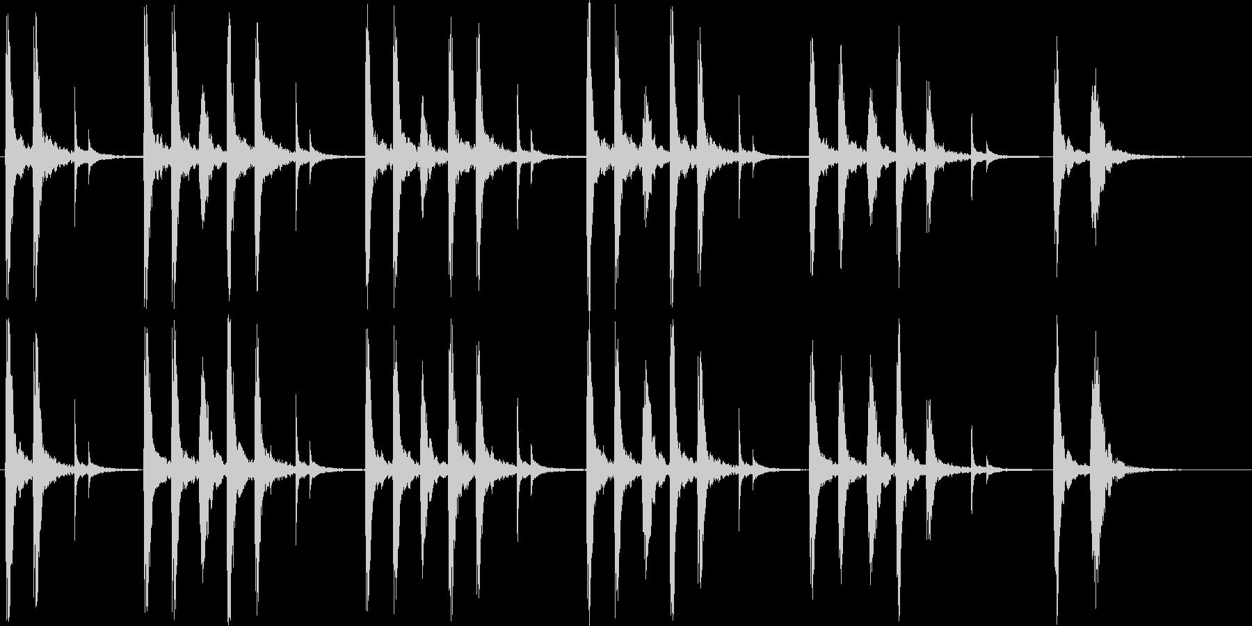 リズミカルで楽しげなポップスの未再生の波形