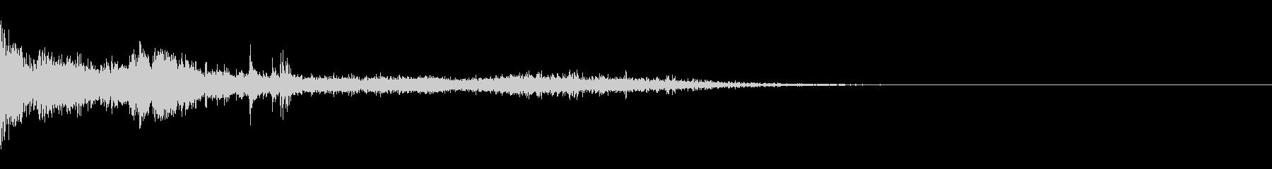 カミナリ(近雷)-04の未再生の波形