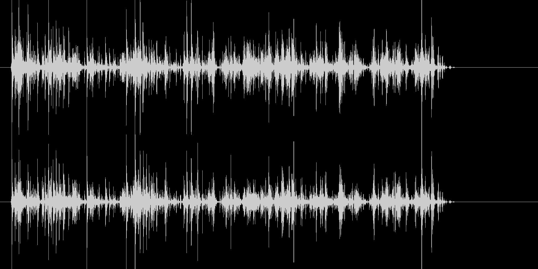 ちゃりちゃり!キーホルダーの鈴の音の未再生の波形
