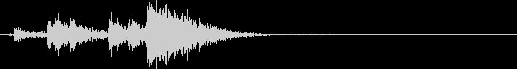 空の金属オイルドラム:転倒転落また...の未再生の波形