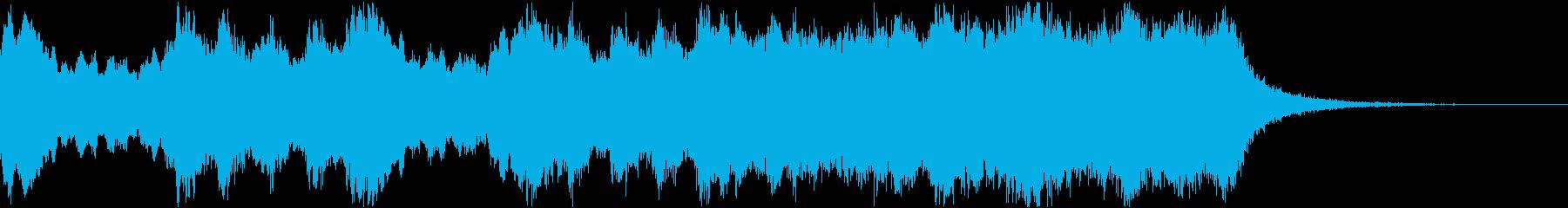 大編成の煌びやかなファンファーレの再生済みの波形