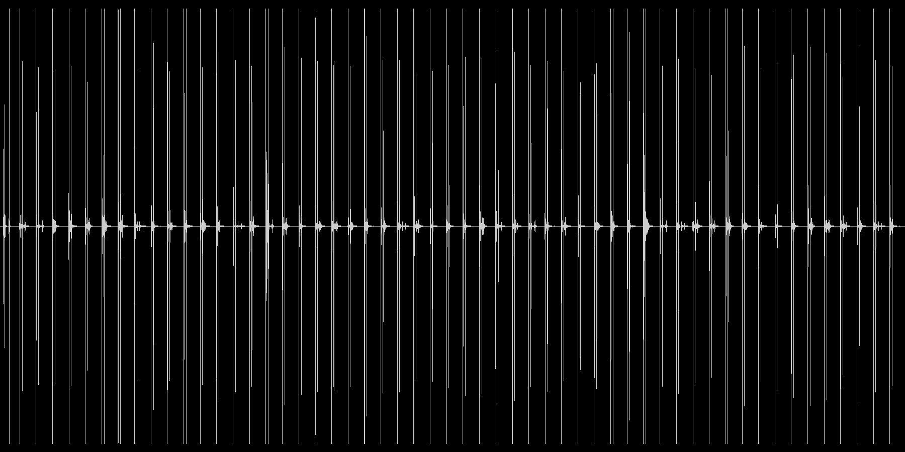 革靴で走る音の未再生の波形