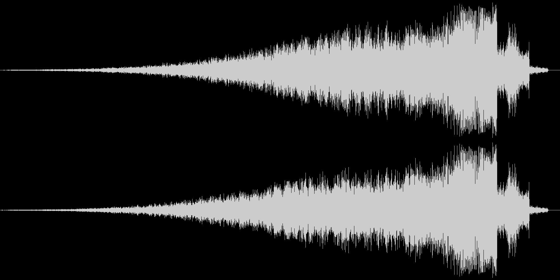 フェードインするキラキラ音の未再生の波形
