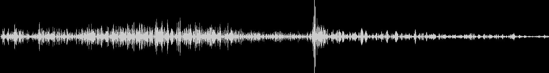 カード(トランプ)を出す音の未再生の波形